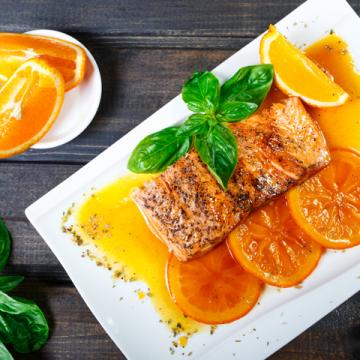 Cách làm cá hồi sốt cam thơm ngon đơn giản tại nhà