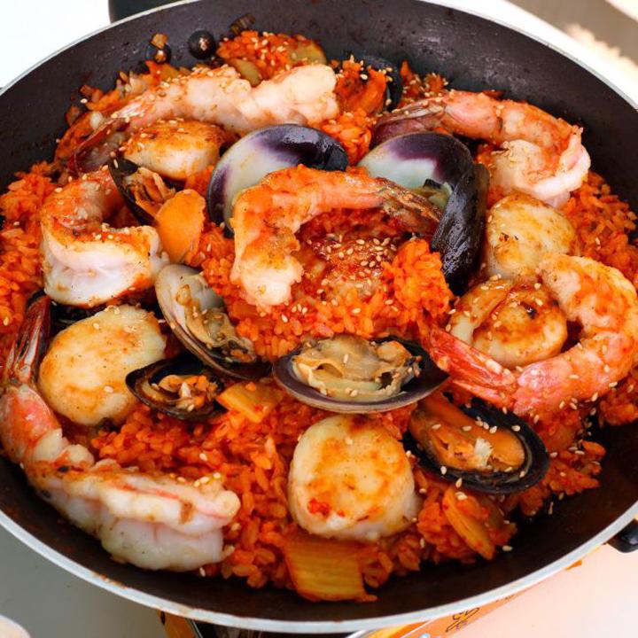 Món cơm chiên hải sản kiểu Hàn Quốc