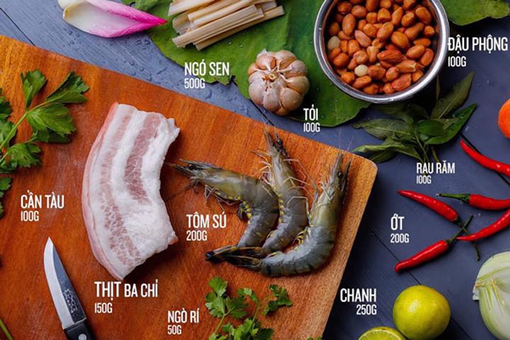 Chuẩn bị nguyên liệu làm gỏi ngó sen tôm thịt