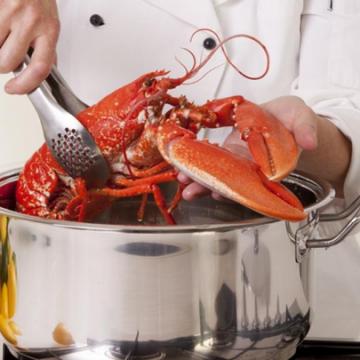 Cách luộc tôm hùm ngon đúng cách đơn giản tại nhà